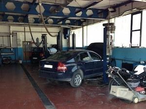 Popravka Volvo automobila u Zemunu