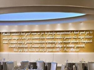 Restoran Crystal Light