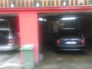 Auto perionica Leon - unutrašnje, spoljašnje pranje, voskiranje vozila Novi Sad
