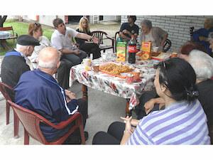 """U poseti nasem Domu su bili clanovi udruzenja """"Rotaract Club Beorad Dedinje"""", sa kojima smo proveli popodne uz druzenje i prijatan razgovor."""