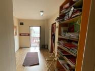 Prostor za škole jezika ili knjigovodstvo