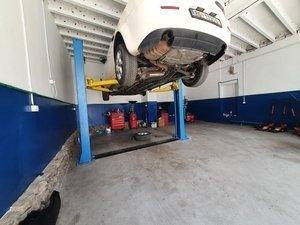Auto servis Zokijeva Garaža
