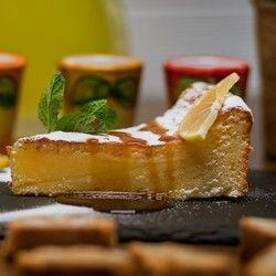 Torta Kapreze (bela čokolada, bademovo brašno, limuncelo...)