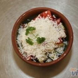 Sezonska salata (šopska, srpska, grčka, paradajz, kupus)