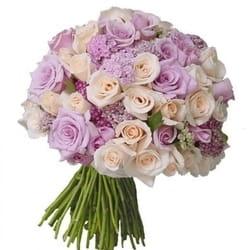 8. mart - Dan žena - Buket sa ružama