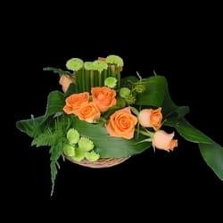 Buket ruža - aranžman u korpi od ruža