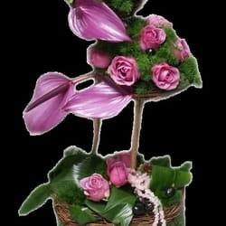 Cveće za rođendane - Cvetni aranžman u korpi - Srećan rođendan
