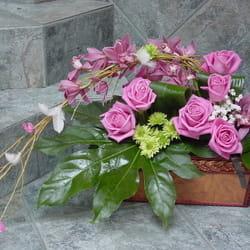 Orhideje - ruže i orhideje u kovčežiću