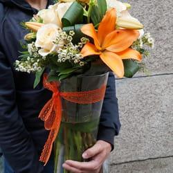 Cveće u narandžastim tonovima - Isporuka cveća na adresu