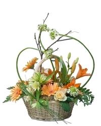 Jesenji cvetni aranžmani - korpa mešanog cveća
