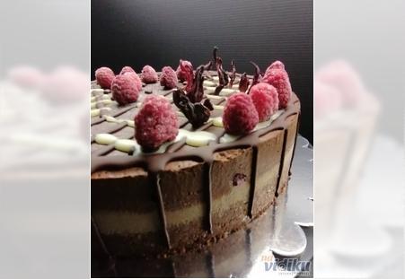 Sirova torta Čoko malina 2kg