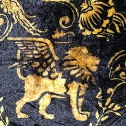Svečani crni plišani stolnjak Zlatni lav