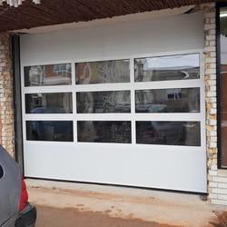 Staklena garažna vrata