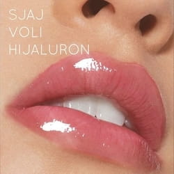 Prirodno konturisane usne sa malo hijalurona i kao final touch lips gloss