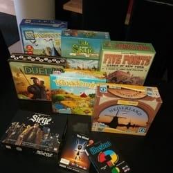 Veliki izbor društvenih igara u kojima ćete uživati zajedno sa prijateljima nudi vam Caffe PC igraonica Bleyage
