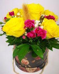 Zabluda je da žute ruže predstavljaju ljubomoru. Ali ponekad je i simpatično kad osetite ljubomoru, zar ne?