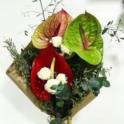 Izrada cvetnih aranžmana po Vašoj želji