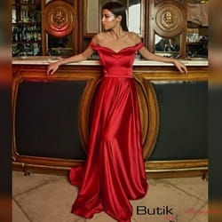Duga svilena crvena haljina za posebne prilike