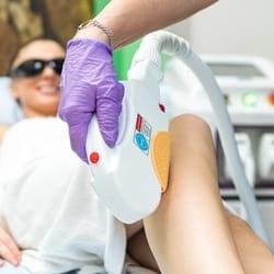 Povoljna epilacija nogu Karaburma