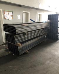 Savijanje koponenti za gradjevinski kontejner