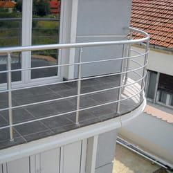 Polukruzna aluminijumska ograda