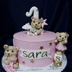 Dečija torta sa figuricama crtanih likova koje voli vaše dete