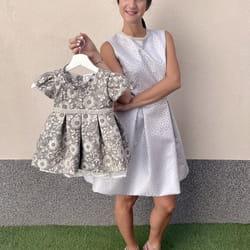 Iznajmljivanje istih haljina za mamu i cerku