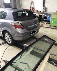 Zamena zadnjeg auto stakla Opel Astra
