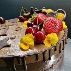 Svecana torta bez orašastih plodova, čoko banana
