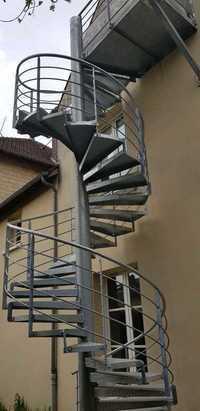 Izrada kruznih metalnih stepenica