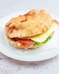 Najbolji sendvici u kafani Pavle Korcagin