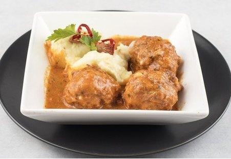 Ćufte u sosu su već na meniju u Korcaginu!