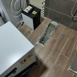 Poplava u kupatilu, izbacivanje vlage mašinama