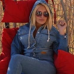 Povoljne zenske farmerke Extra Jeans
