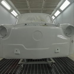 Povoljno farbanje automobila Dass Coa