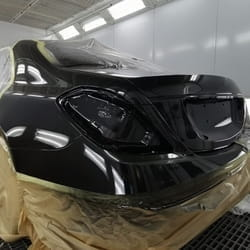 Farbanje Mercedes automobila