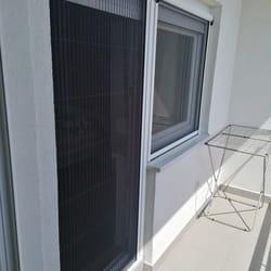 Komarnik za balkonska vrata