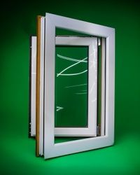 Jednokrilni prozor aluminijum drvo