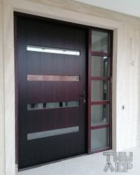 Ulazna vrata od bajcovanog hrasta