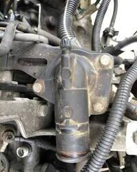 Termostat motora 2.0 HDI za Pezo Peugeot 206 307