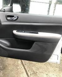 Prednji tapacir vrata za Pezo Peugeot 307