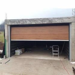 Montaza garaznih vrata u braon boji