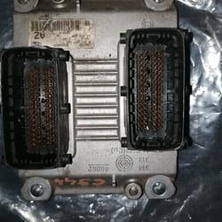 Kompijuter motora Opel Agila Z10XE