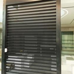 Zastitna rolo vrata za butike