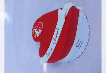 FK Crvena Zvezda torta u obliku srca