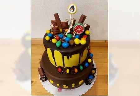 Šareno rođendaska torta