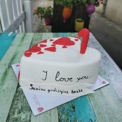 Torta sa natpisom po zelji