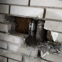 Popravka napukle cevi u zidu