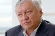 Ko je Anatolij Karpov?